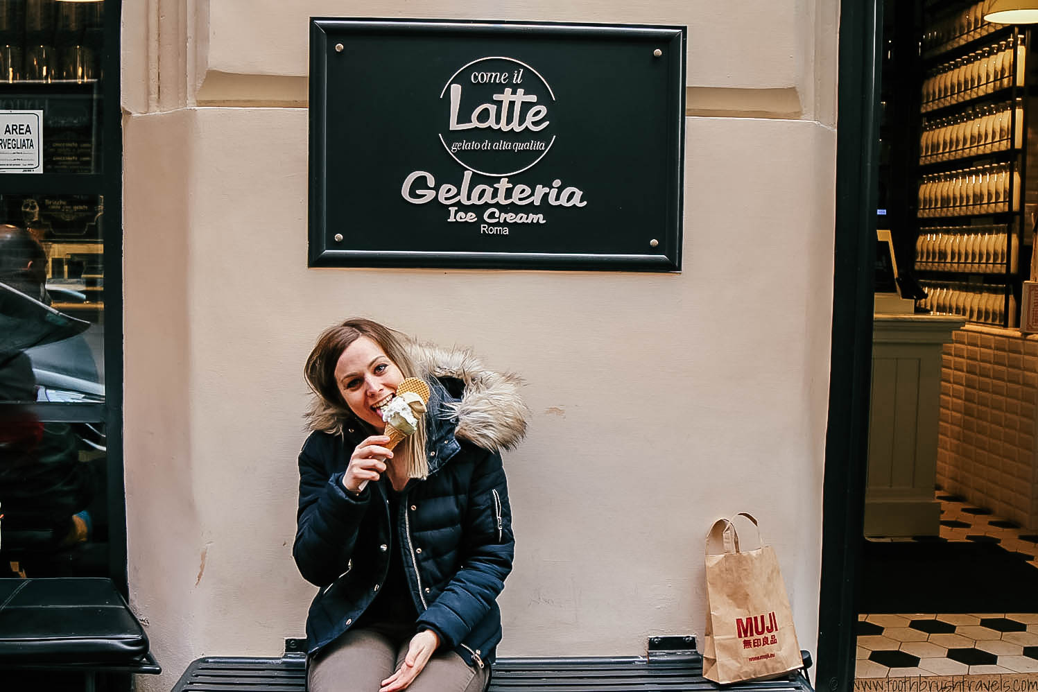 Come il Latte shop front